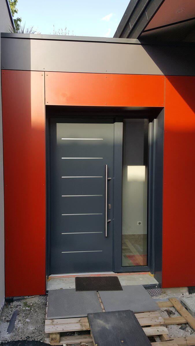 Porte d'entree aluminium avec vitrage à Chambéry